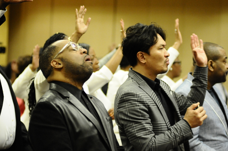 True worship requires unity— first with God then with other Christians